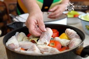 16 Июля: Фестиваль толмы - ежегодный всеармянский фестиваль национальной кухни
