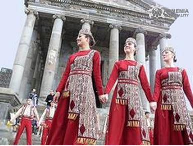 10 Мая: Армянский национальный фестиваль одежды (Тараз)